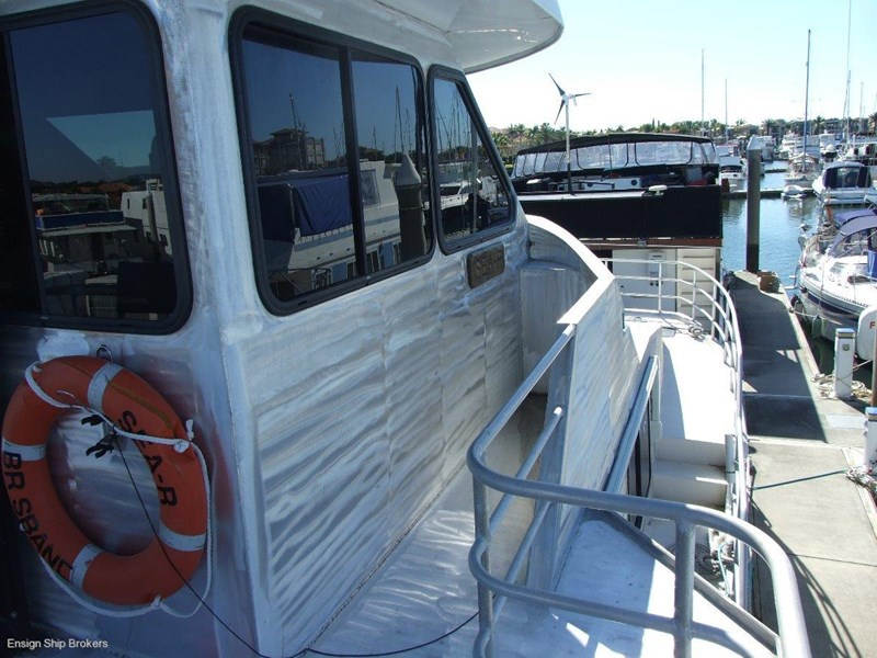 custom charter powercat 49' 324035 013