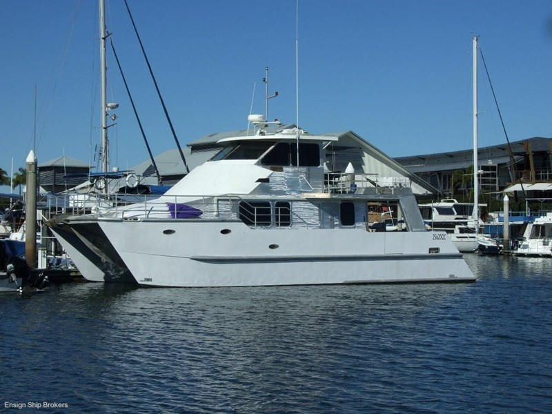 custom charter powercat 49' 324035 001