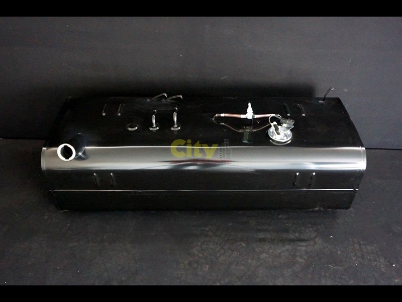 new mitsubishi rosa bus fuel tanks 477843 007