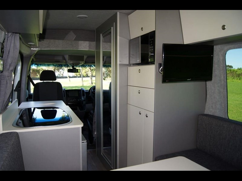 safari mercedes-benz sprinter motorhome 289154 029