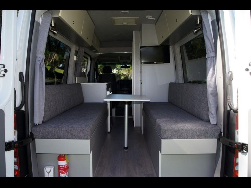 safari mercedes-benz sprinter motorhome 289154 037