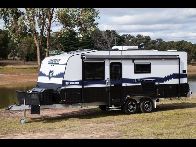 grand salute buckingham 22ft semi off road (family bunk caravan) 478087 011