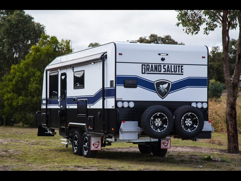 grand salute buckingham 22ft semi off road (family bunk caravan) 478087 019