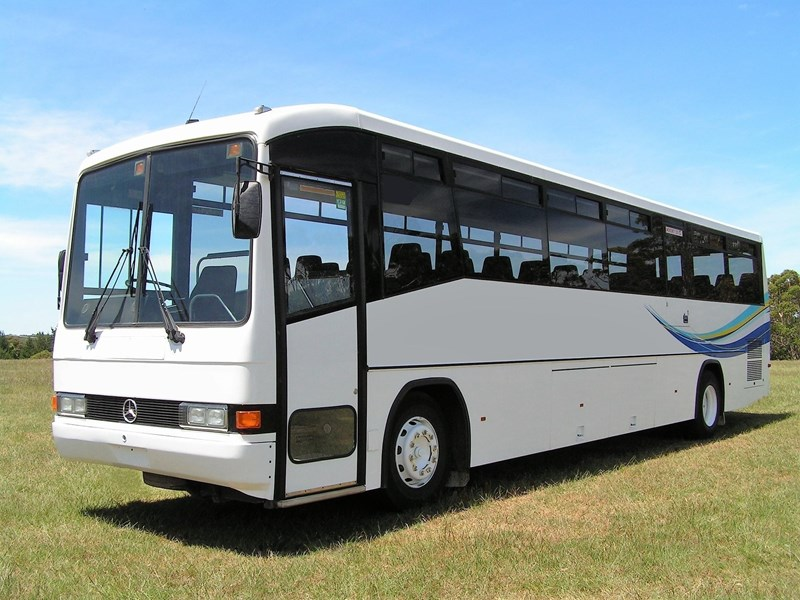 mercedes-benz custom coach 479725 001