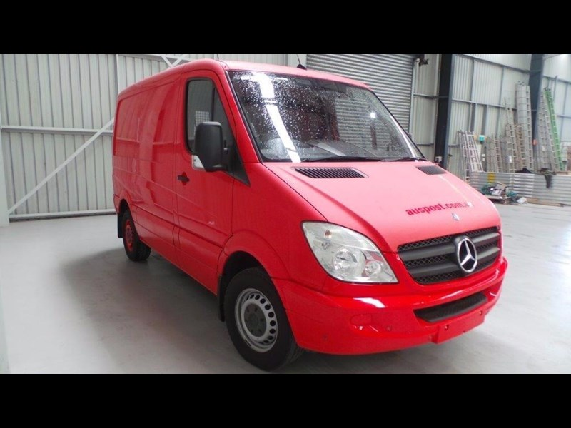 mercedes-benz sprinter 311 cdi 431951 055