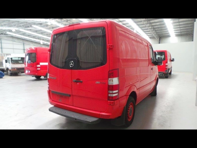 mercedes-benz sprinter 311 cdi 431951 053