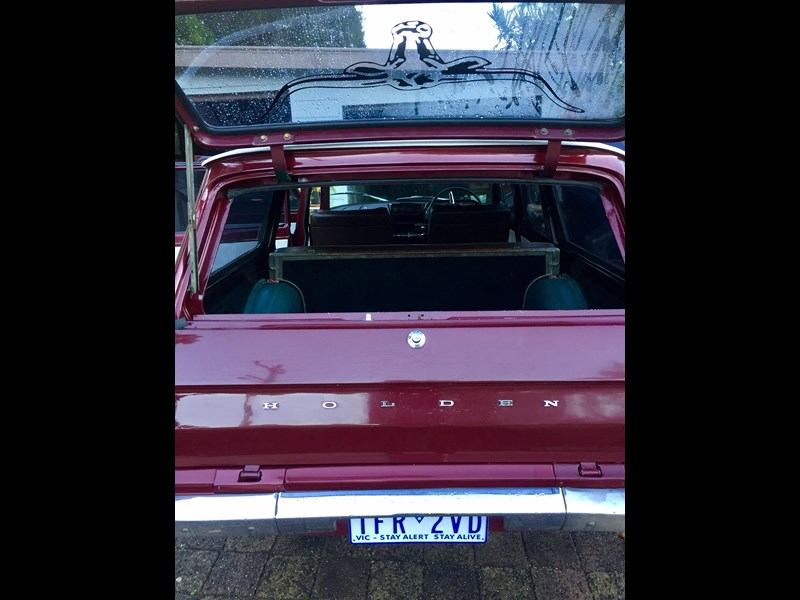 holden eh 493533 015