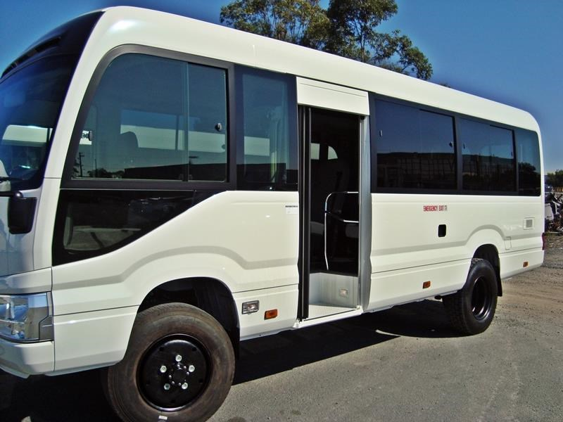 toyota 4x4 conversion of coaster bus 474352 007