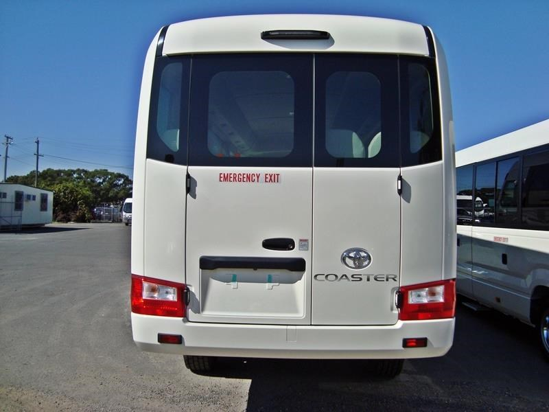 toyota 4x4 conversion of coaster bus 474352 049