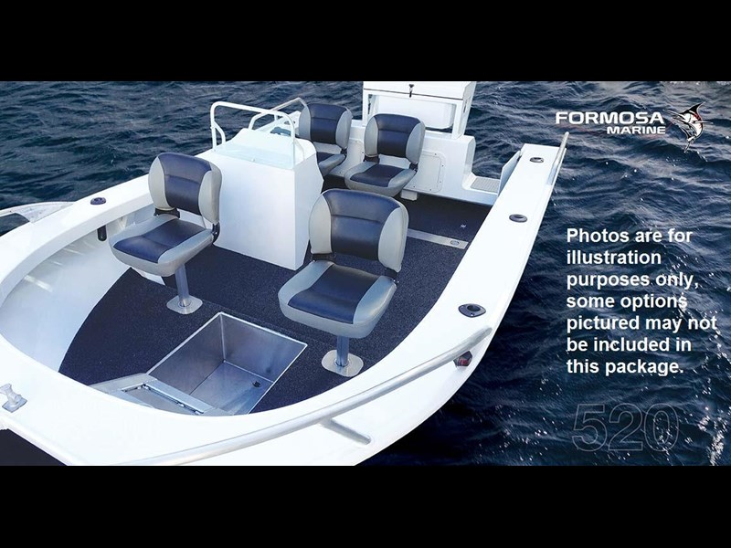 formosa tomahawk offshore 550 side console 495286 005