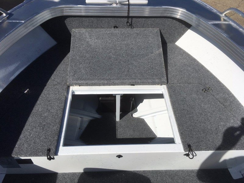 quintrex 460 renegade side console 495347 025