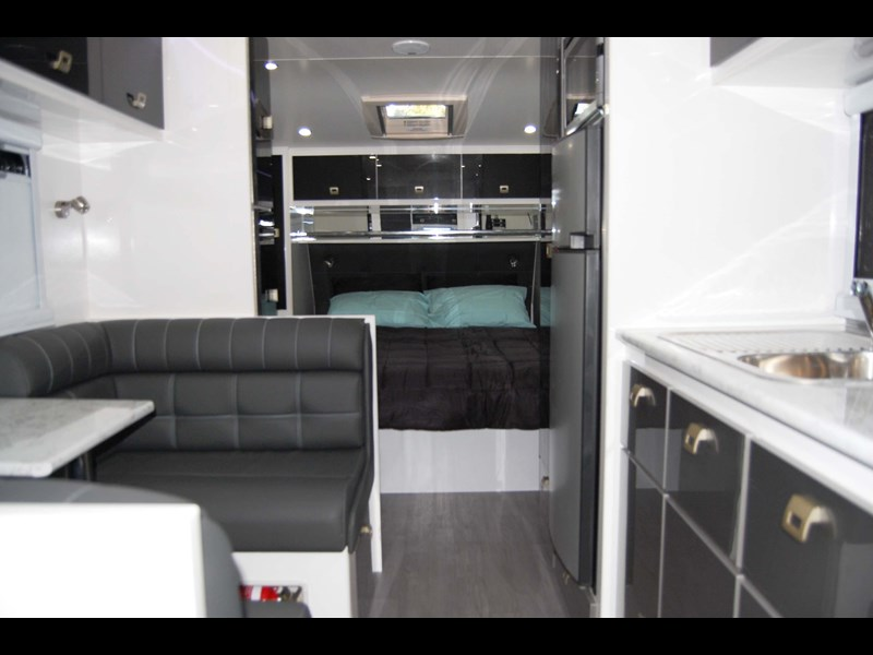 "design rv crx semi offroad 20'6"" 496242 007"