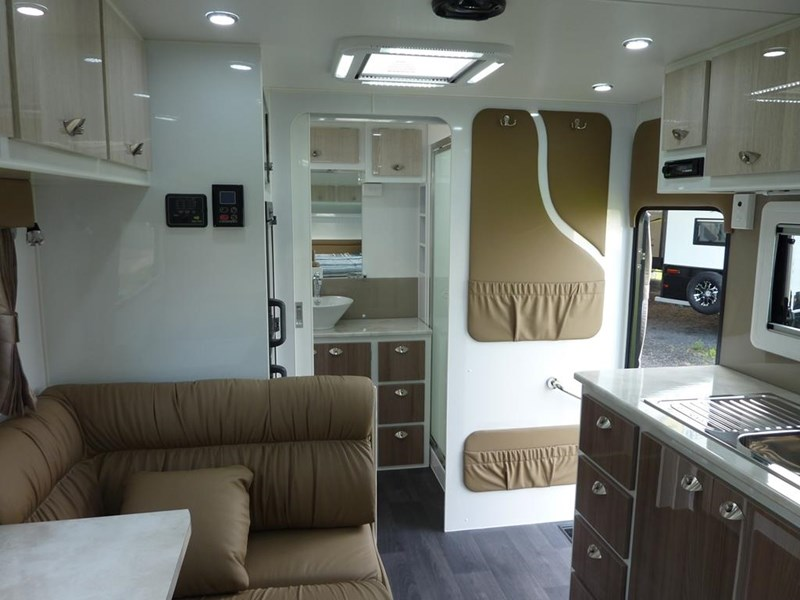 living edge bellagio - ensuite caravan 498010 017