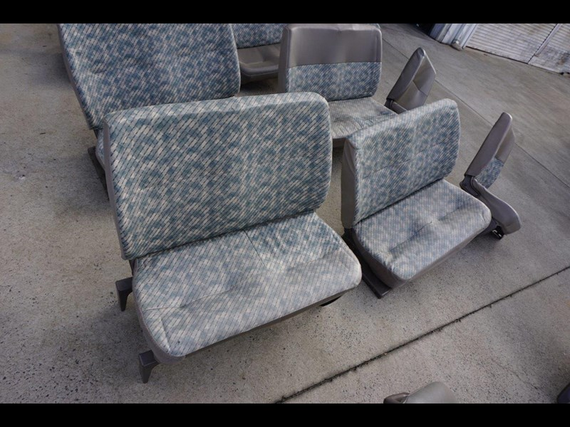 other mitsubishi rosa bus seats - 2nd hand 498317 007