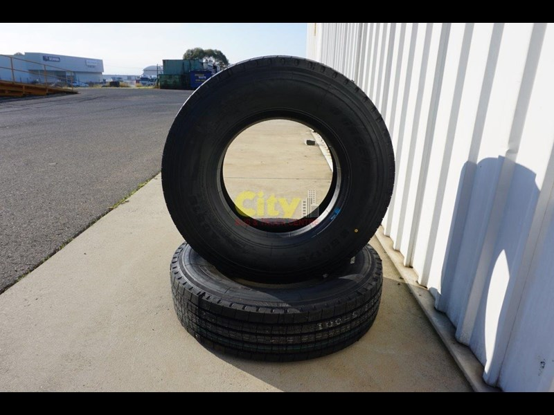 o'green 9.5r17.5 - ag516 trailer tyre 500702 007