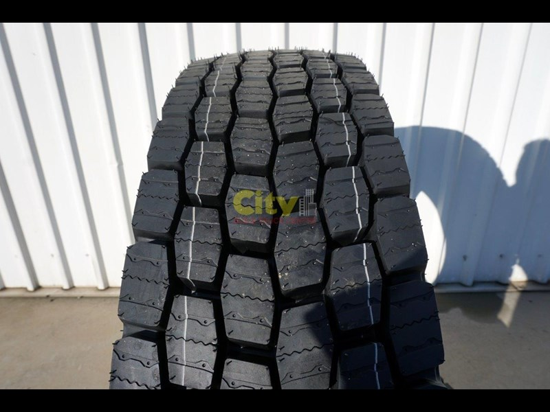 michelin 11r22.5 x multi drive tyre 503745 003