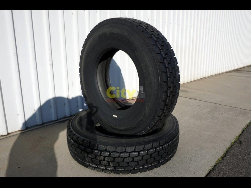 michelin 11r22.5 x multi drive tyre 503745 011