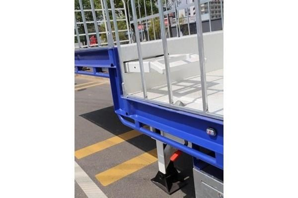 aaa drop deck with ramps 505233 009