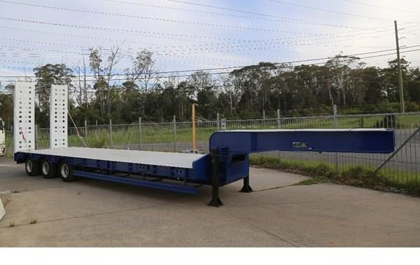 aaa aaa low loader drop deck with ramps 505235 005