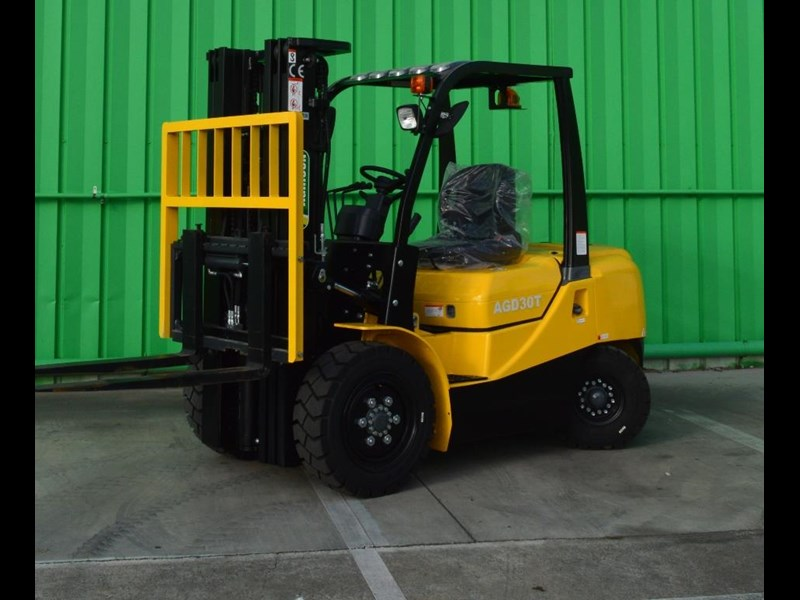 agrison 3 tonne forklift - 3 stage cont. mast - nationwide delivery 505653 039