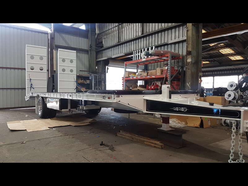 fwr single axle - all hydraulic tag trailer 403038 015