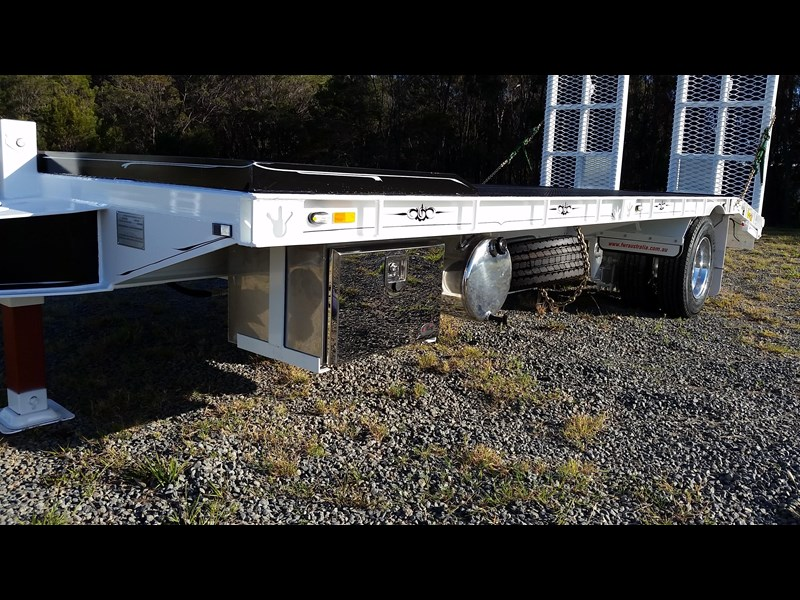 fwr single axle - all hydraulic tag trailer 403038 017