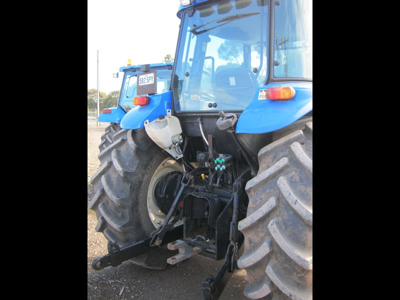 new holland td80d tractor 510129 007