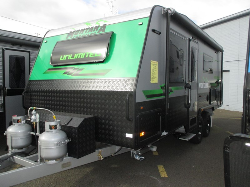 "montana unlimited 19'6"" tandem off road, ensuite 506188 001"