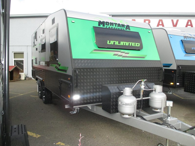 "montana unlimited 19'6"" tandem off road, ensuite 506188 047"