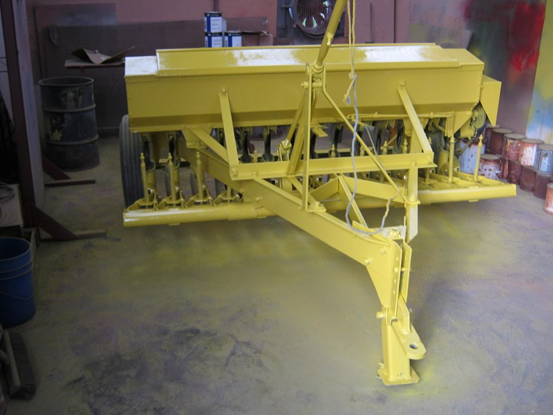 connor shea 14 row disc super seeder trailing 513327 011