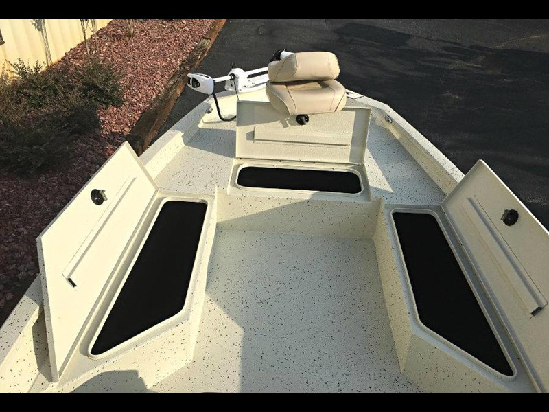 xpress boats h22b centre console fishing boat 516910 025