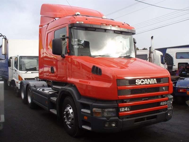 scania t124g 189133 007