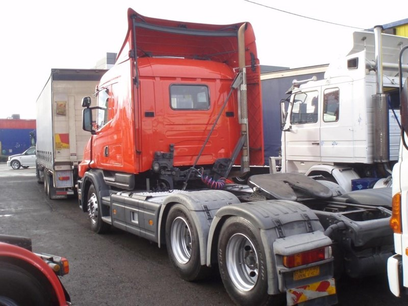 scania t124g 189133 043