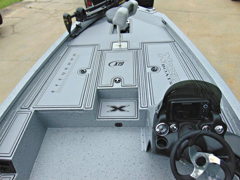 bass boat xpress x19 pro tournament bass fishing boat 521886 017