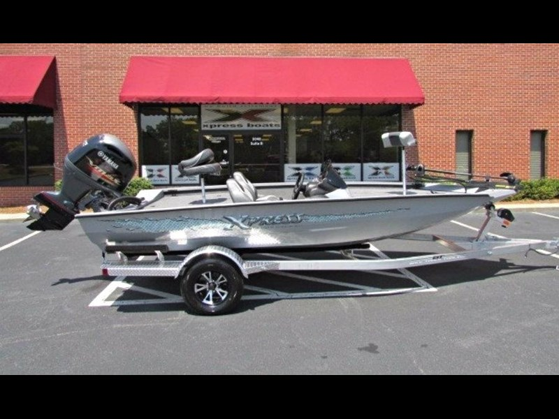 xpress boats x18 pro tournament bass fishing boat 522389 005