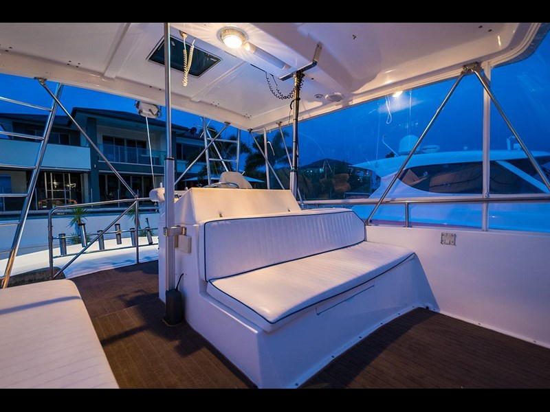 bertram 45' flybridge 523932 035