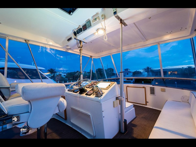 bertram 45' flybridge 523932 033
