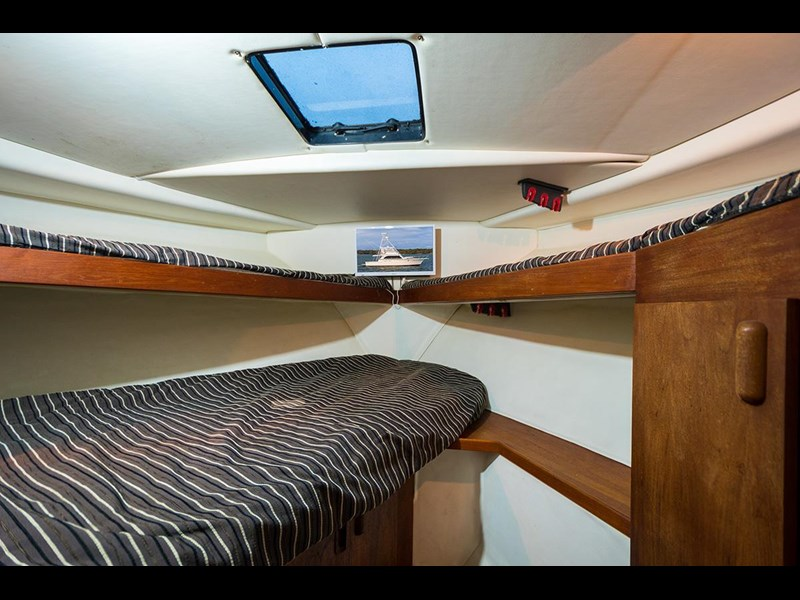 bertram 45' flybridge 523932 011