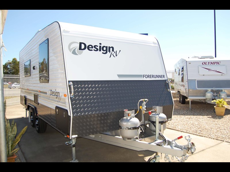 design rv forerunner 3 19'6 470679 003