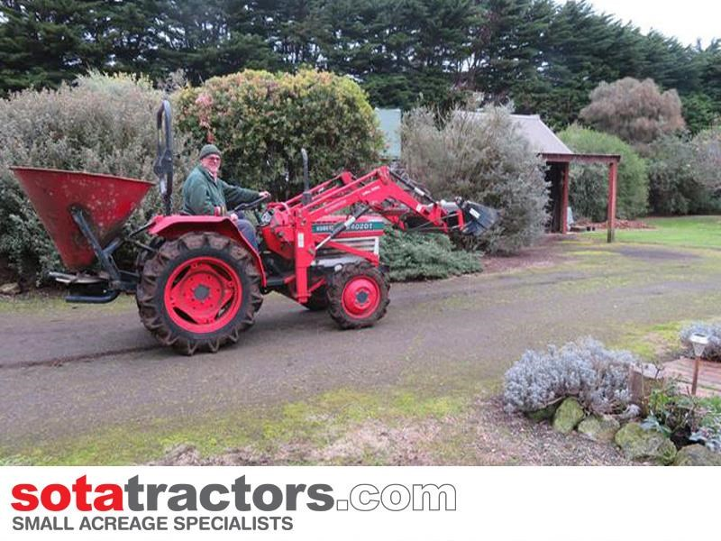 kubota l2402dt tractor with 4 in 1 fel 28hp 55502 025