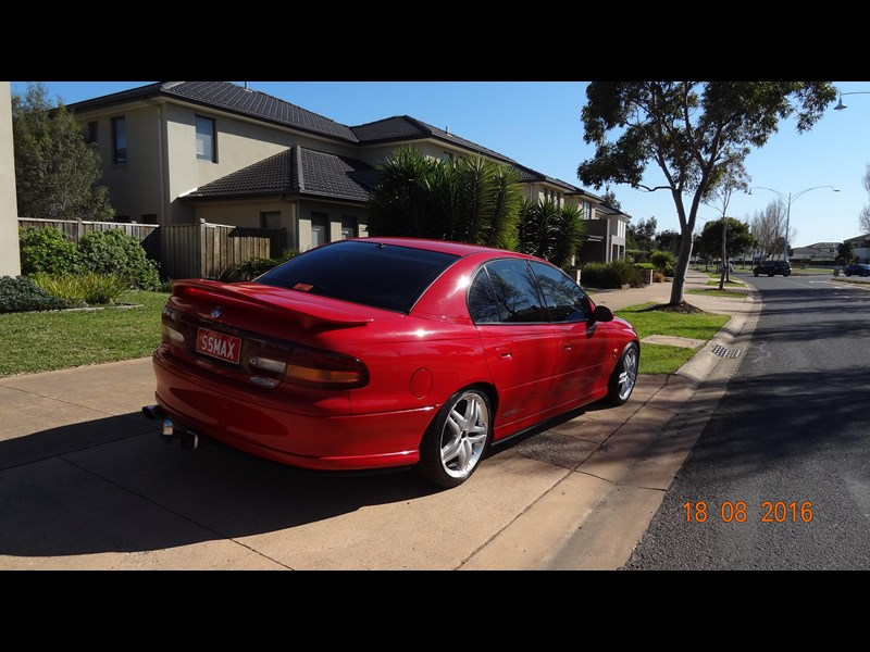 holden commodore ss 469204 007