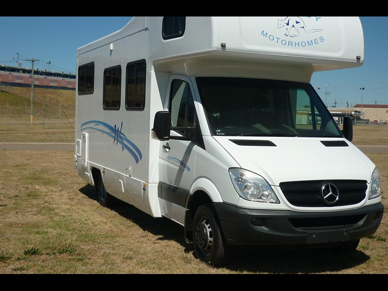 mercedes-benz sprinter- beach 417990 005