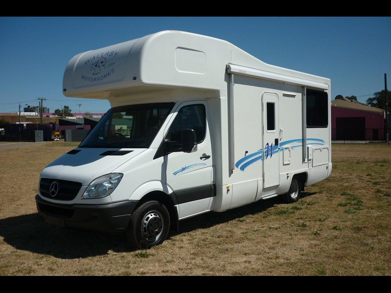 mercedes-benz sprinter- beach 417990 007