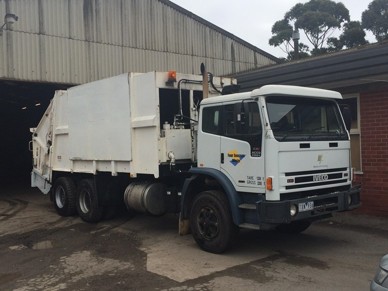 iveco acco 2350g 329686 003