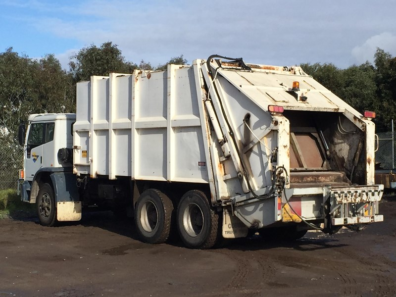 iveco acco 2350g 329686 005
