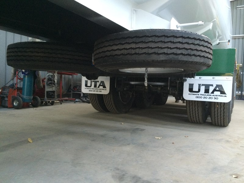ultimate trailers st32 535859 011