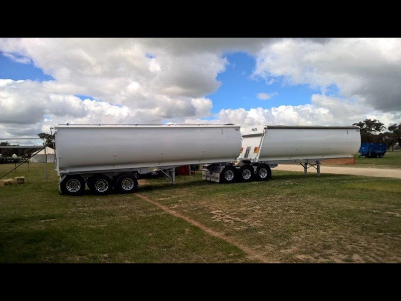 bruce rock engineering grain tipper 535846 011