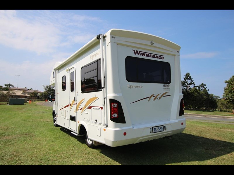 winnebago (avida) esperance c2464 electric bed 536203 007