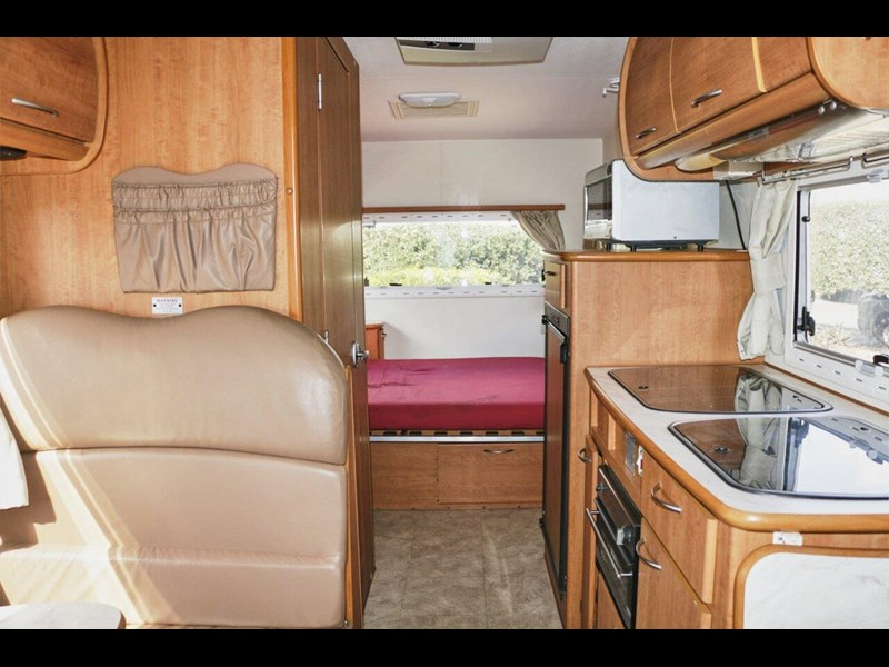 winnebago industries birdsville 536347 027