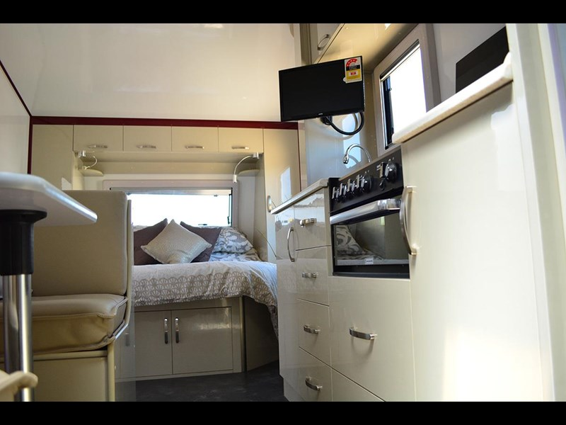 goldstar rv liberty tourer 489876 015